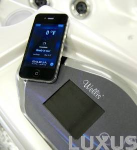 Wellis Robinson spa colossus controlpanel - iPhone application
